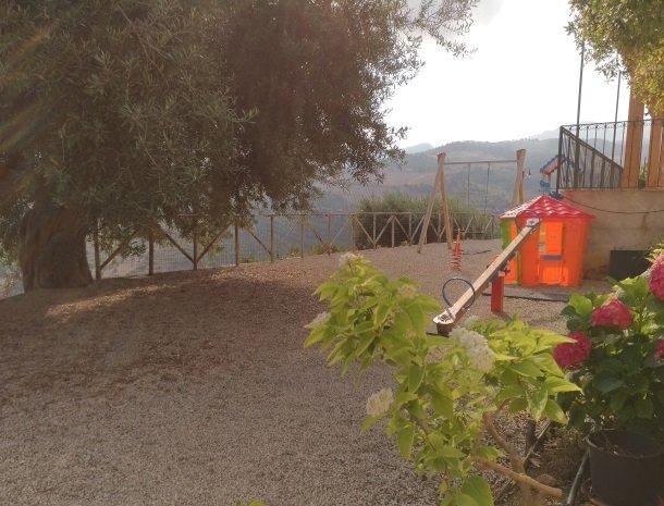 agriturismo-le-campanelle-lascari-sicilie-speeltuin.jpg