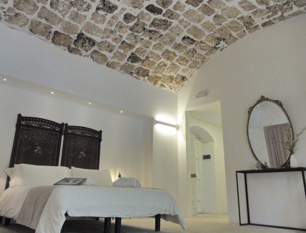 baglio-siciliamo-noto-sicilie-slaapkamer-plafond.jpg