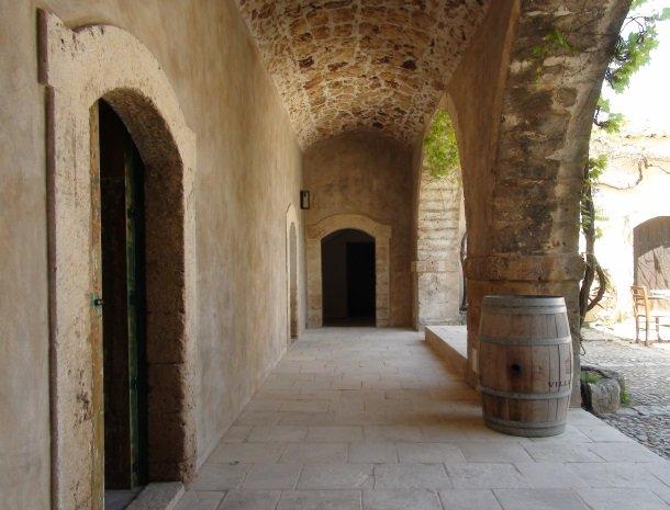 baglio-siciliamo-noto-sicilie-ingang-kamers.jpg