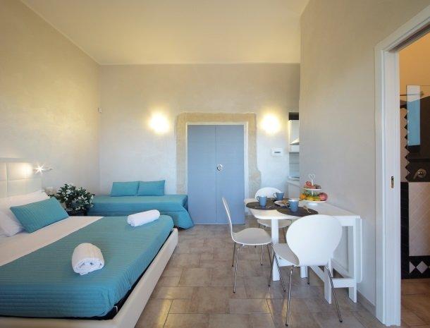 casal-sikelio-cassibile-sicilie-studio-extra-bed.jpg