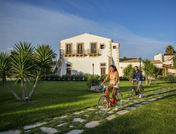 casal-sikelio-cassibile-sicilie-fietsen.jpg