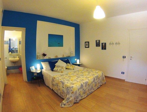 casa-azul-bed-and-breakfast-castellammare-del-golfo-kamer-orsa.jpg