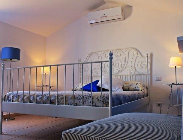 casa-azul-bed-and-breakfast-castellammare-del-golfo-suite.jpg