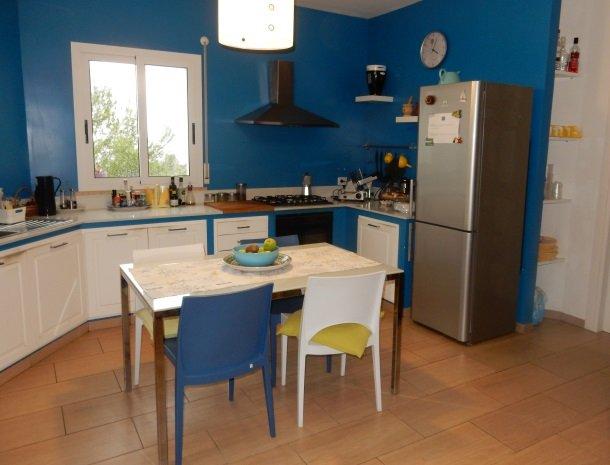 casa-azul-bed-and-breakfast-castellammare-del-golfo-keuken.jpg