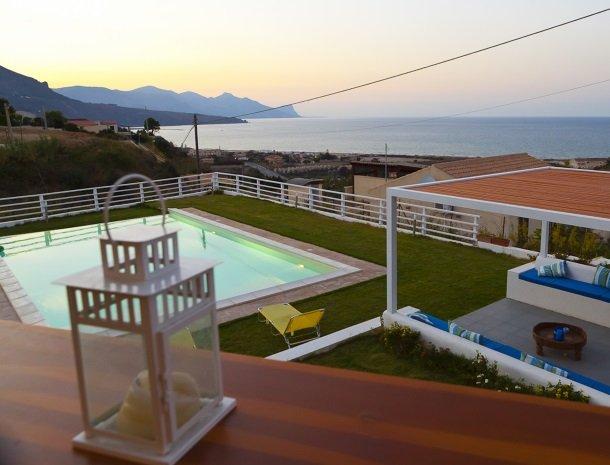 casa-azul-bed-and-breakfast-castellammare-del-golfo-zee-schemer.jpg