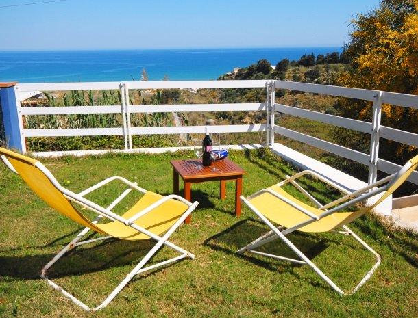 casa-azul-bed-and-breakfast-castellammare-del-golfo-tuin.jpg