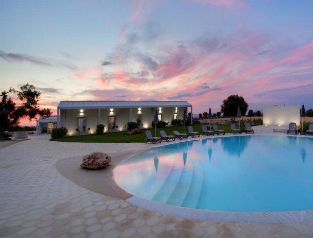 addauro-resort-siracusa-sicilie-schemer.jpg