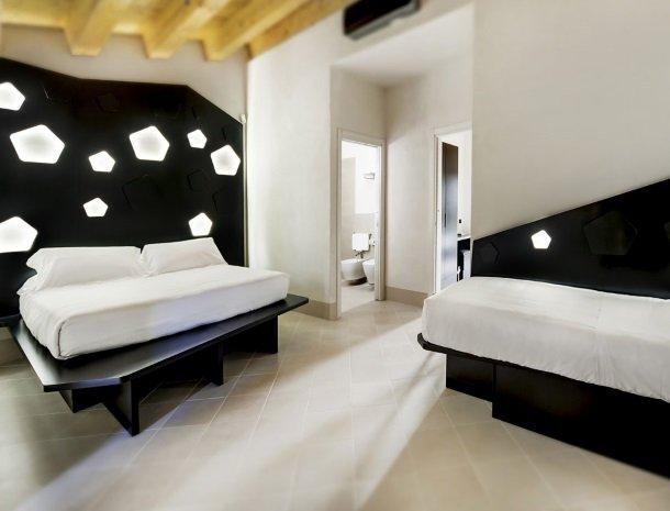 addauro-resort-siracusa-sicilie-slaapkamer-extrabed.jpg