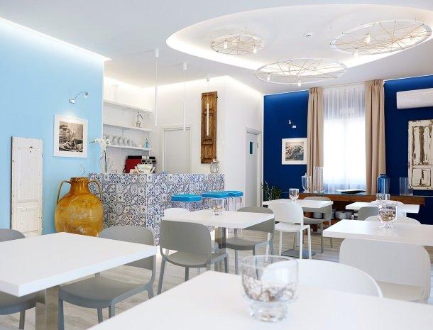 hotel-marina-di-petrolo-castellammare-del-golfo-lounge.jpg