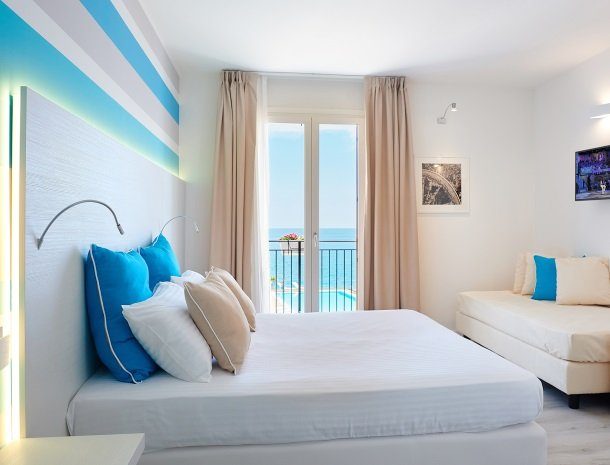 hotel-marina-di-petrolo-castellammare-del-golfo-kamer-zeezicht.jpg