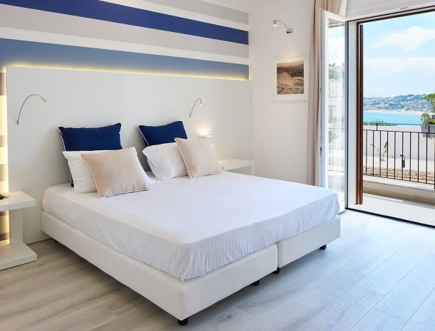 hotel-marina-di-petrolo-castellammare-del-golfo-kamer-balkon.jpg