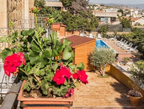 bed-and-breakfast-il-casale-di-federico-agrigento-balkon-zwembad.jpg