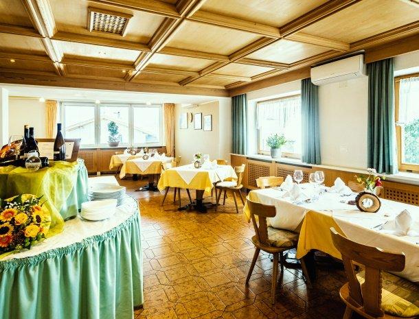 gasthof-stern-tiso-valdifunes-restaurant.jpg