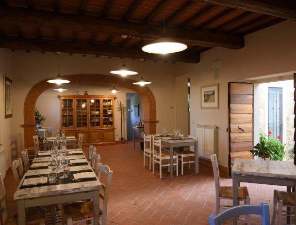 podere-san-giusto-toscane-restaurant.jpg
