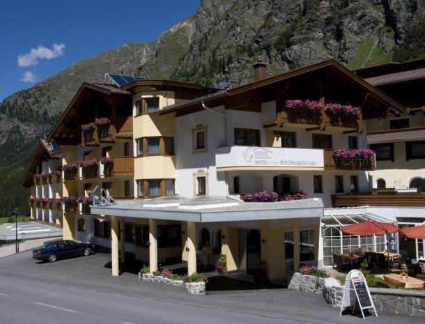 hotel-gundolf-pitztal-tirol-zomer.jpg
