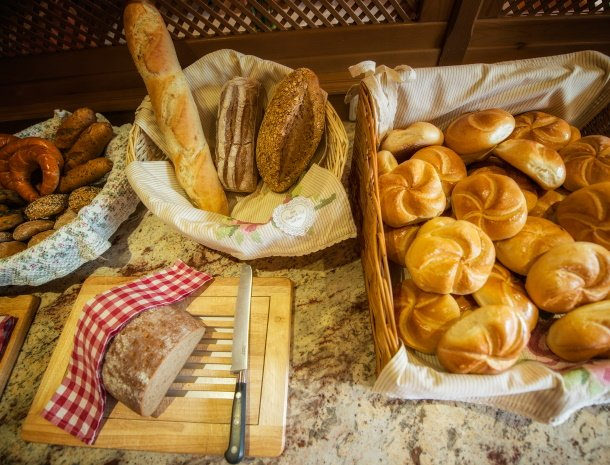 hotel-augarten-neustift im stubaital-tirol-ontbijt.jpg