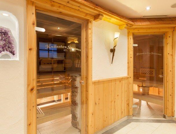 hotel-augarten-neustift im stubaital-tirol-wellness-sauna.jpg