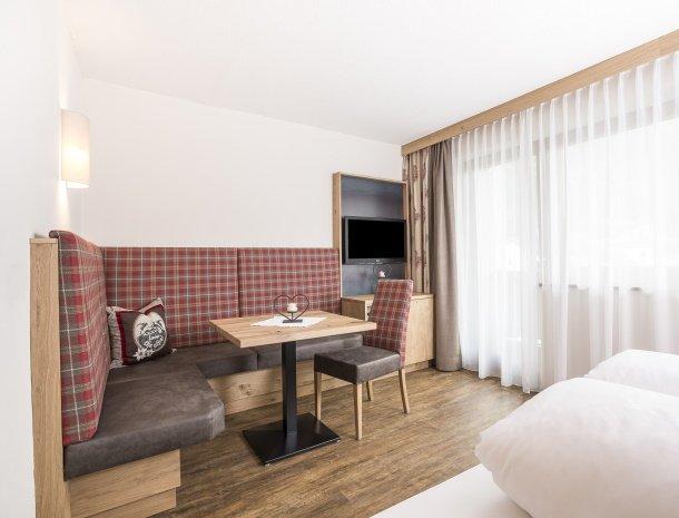 hotel-augarten-neustift im stubaital-tirol-arnika-zithoek.jpg