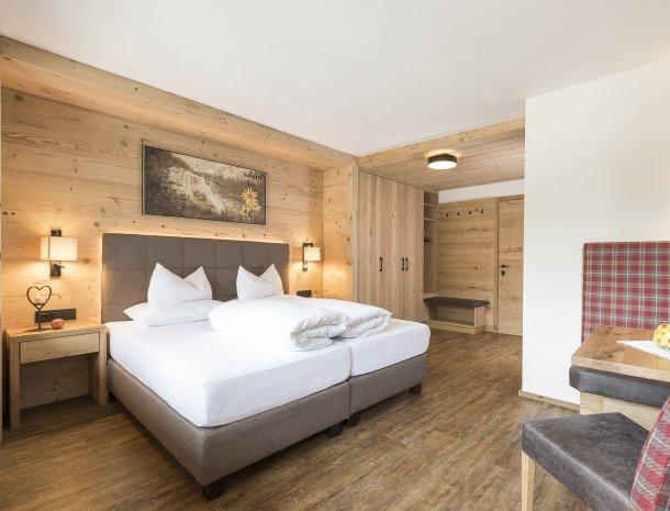 hotel-augarten-neustift im stubaital-tirol-arnika.jpg