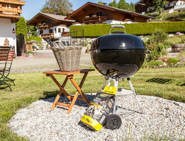 frohnatur-garni-hotel-thiersee-barbecue.jpg