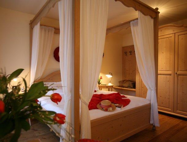 hotel-carpe-diem-vigo-di-fassa-trentino-hemelbed.jpg