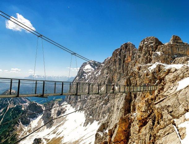 dachstein-gletsjer-trap-hoogte.jpg