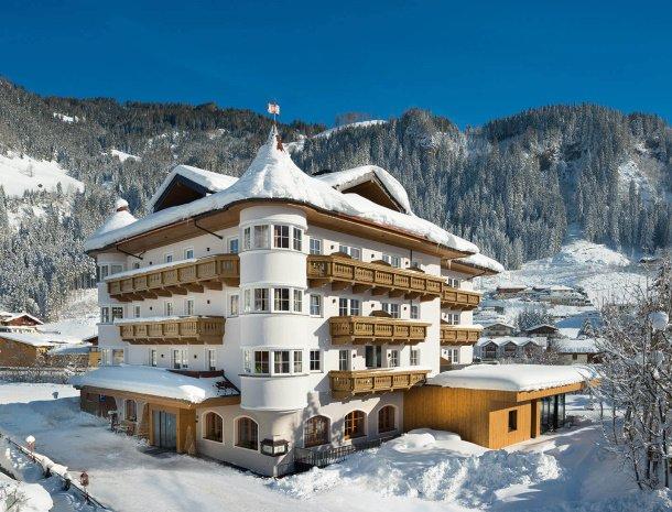 hotel-bergzeit-grossarl-winter.jpg