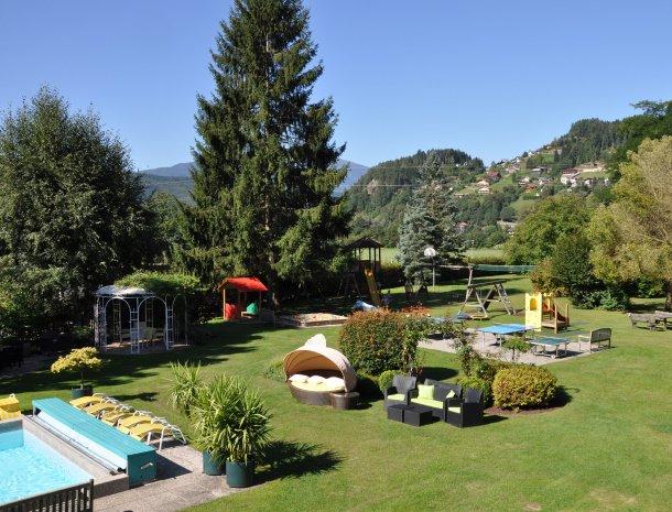 birkenhof-appartementen-dobriach-overzicht-tuin-park.jpg