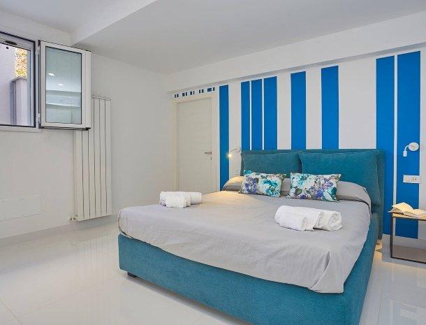 villa-adelfos-scopello-sicilië-slaapkamer-begane-grond.jpg
