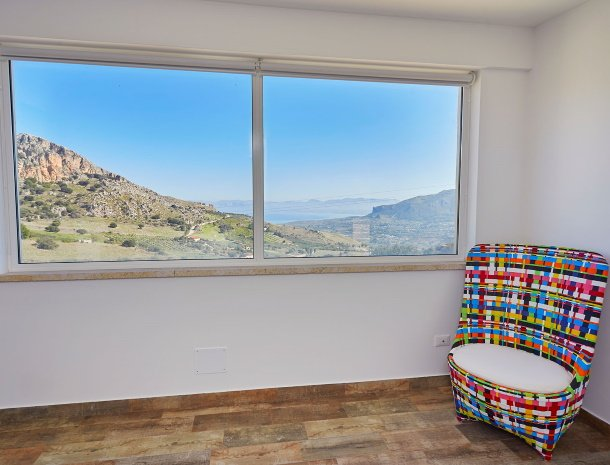 villa-montemar-scopello-sicilië-slaapkamer-uitzicht-zee.jpg