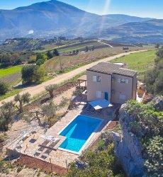 villa-montemar-sicilie-met-zwembad.jpg