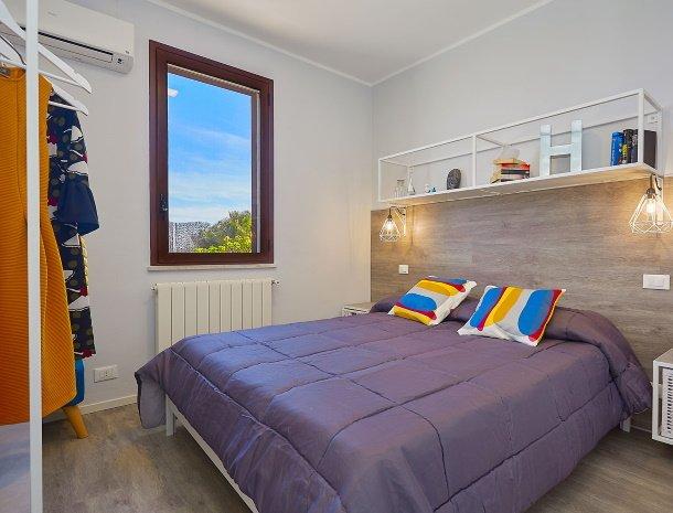 villa-tari-scopello-sicilië-slaapkamer.jpg