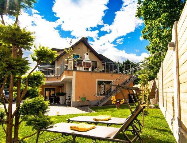 pension-linder-seeboden-millstattersee-tuin-huis.jpg