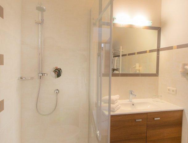 hotel-burgeck-krimml-badkamer.jpg