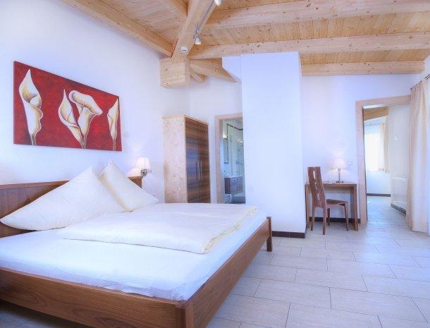 hotel-burgeck-krimml-slaapkamer-ruim.pg.jpg