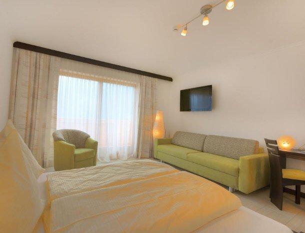 hotel-burgeck-krimml-kamer.-slaapbank.jpg