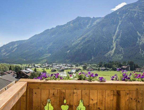 hotel-burgeck-krimml-balkon-uitzicht.jpg