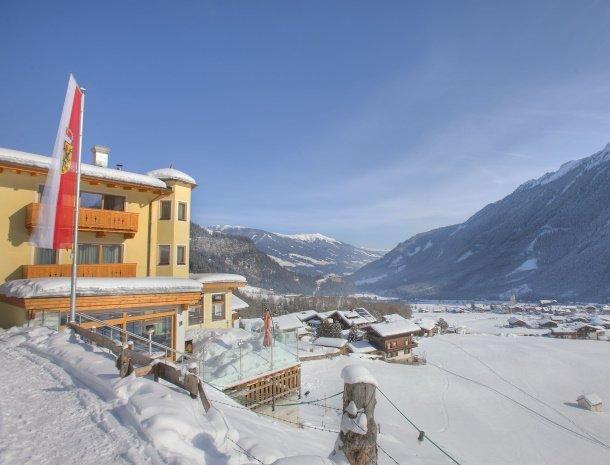 hotel-burgeck-krimml-winter-uitzicht.jpg