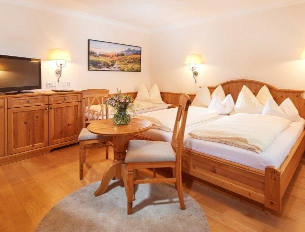 hotel-jaegerheim-flachau-3-persoonskamer.jpg