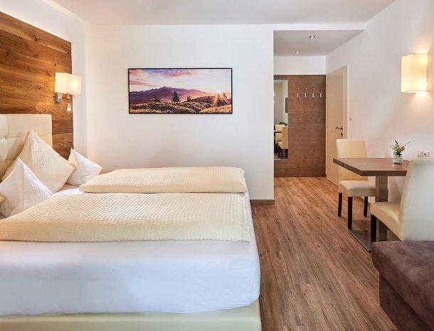 hotel-jaegerheim-flachau-slaapkamer-sfeervol.jpg