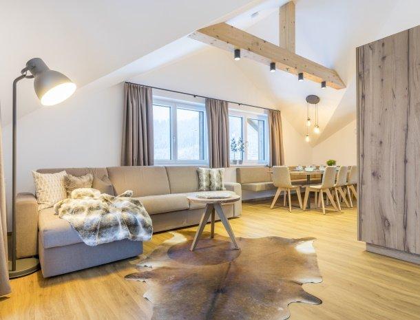 diebleibe-appartementen-flachau-salzburgerland-woonkamer-eethoek.jpg