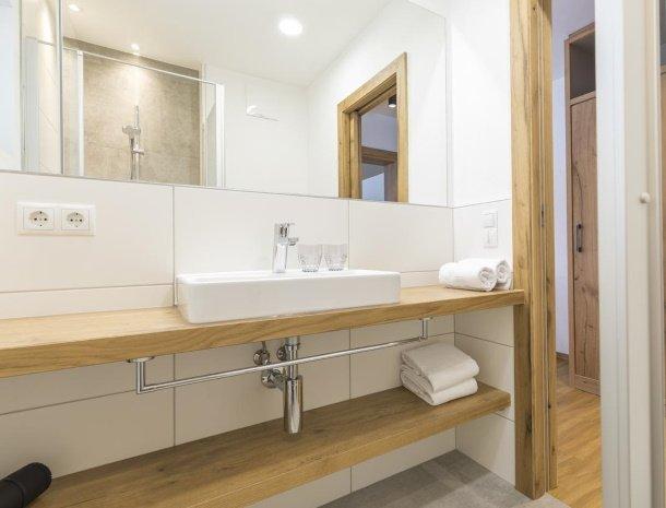 diebleibe-appartementen-flachau-salzburgerland-badkamer.jpg