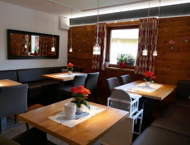 alpenlodge-brand-vorarlberg-restaurant.jpg