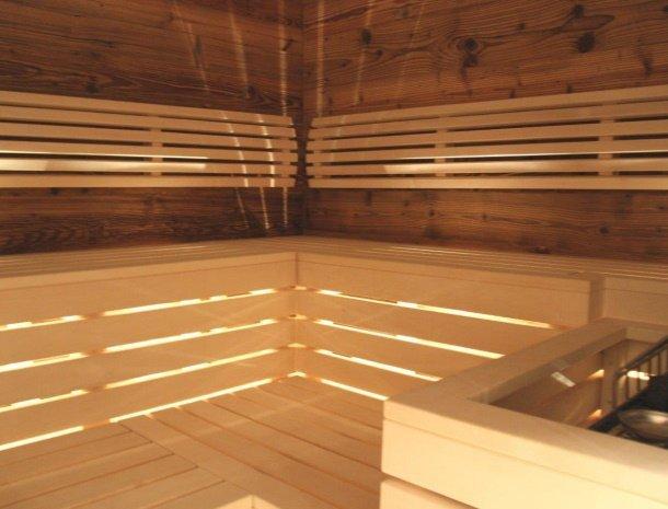 alpenlodge-brand-vorarlberg-sauna.jpg