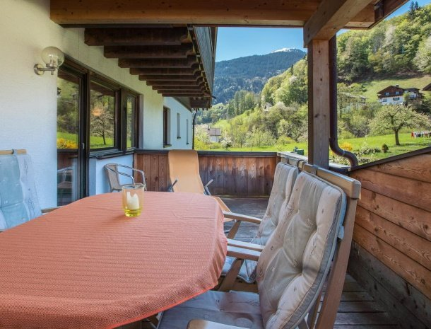 alpenapart-montafon-tschagguns-vorarlberg-appartement-5-balkon.jpg