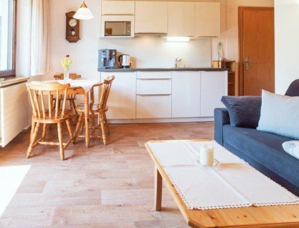 alpenapart-montafon-tschagguns-vorarlberg-appartement-3-keuken.jpg