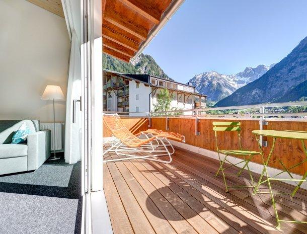 hotel-lun-brand-brandnertal-vorarlberg-kamer-balkon.jpg