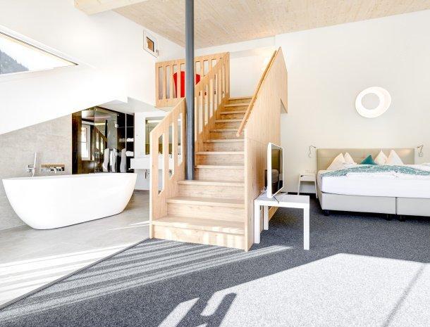 hotel-lun-brand-brandnertal-vorarlberg-slaapkamer-suite.jpg