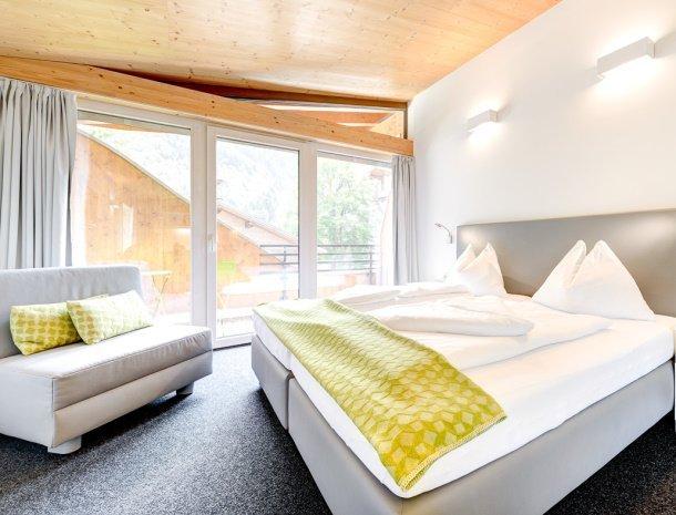 hotel-lun-brand-brandnertal-vorarlberg-slaapkamer-slaapbank.jpg