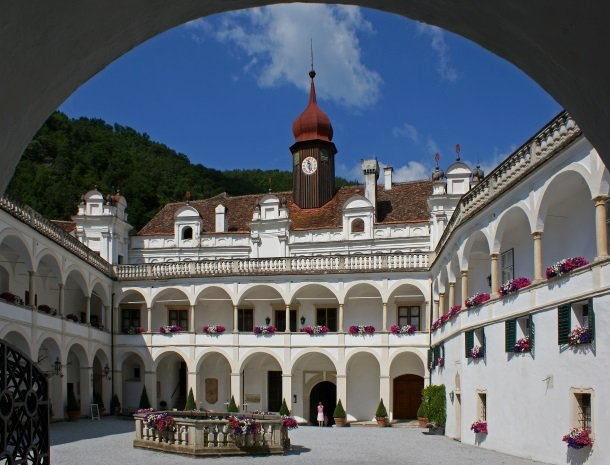 Schloss-Herberstein-steiermark